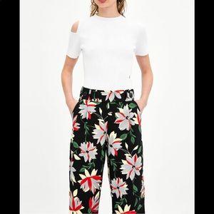 Zara flowy Floral ankle pants
